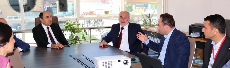 Sağlık Müdürümüz Dr. Öğr. Üyesi Muhammet Ali ORUÇ Kavak ve Ladik Devlet Hastanelerini Ziyaret Etti