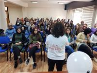 Uludağ Üniversitesi İnegöl Meslek Yüksek Okulu öğrencilerine anne sütünün ve emzirmenin korunması; özendirilmesi ve desteklenmesi hakkında eğitimler verildi