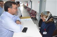 Bursa Ağız ve Diş Hastanesinde personel ile sohbet etti