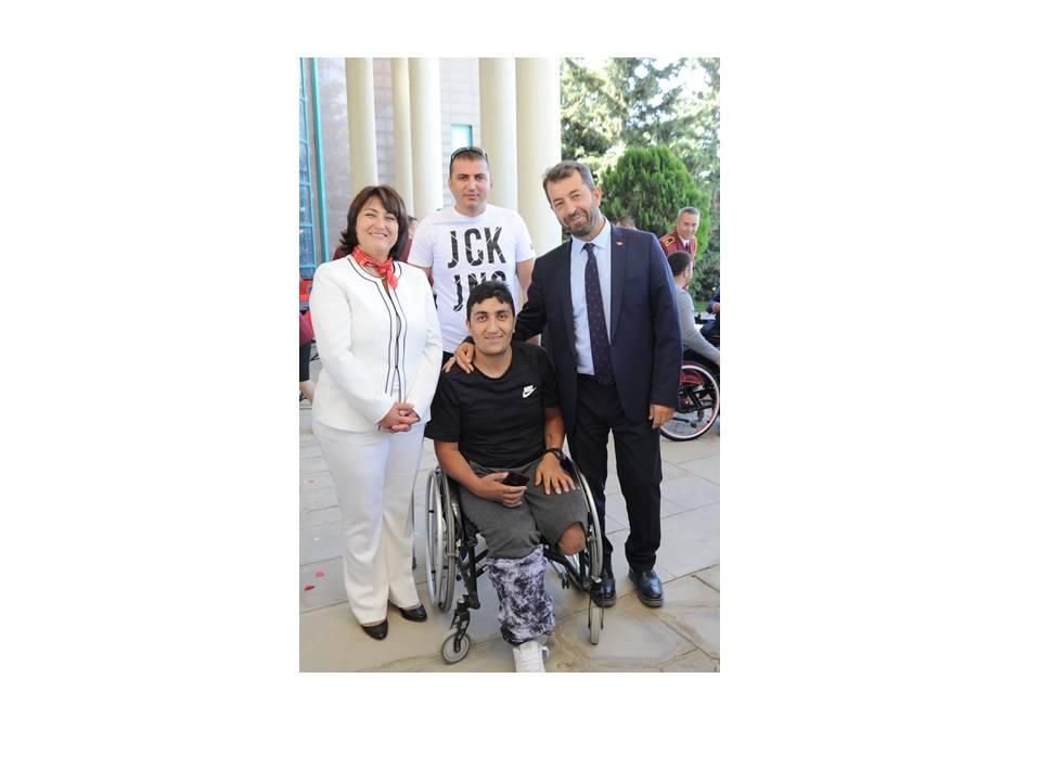 S.B.Ü. Gaziler Fizik Tedavi ve Rehabilitasyon Eğitim ve Araştırma Hastanesi'nde 19 Eylül Gaziler Günü Kutlandı