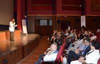 """Doktor Öğretim Üyesi Şafak ERAY tarafından Bursa Devlet Hastanesi Tiyatro ekibinin katkılarıyla skeçlerle anlatılan """"Gençlerde Psikolojik Dayanıklılık"""" konulu seminer gerçekleştirildi."""