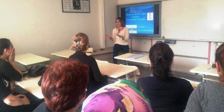 """Halk Eğitim Merkezi Kursiyerlerine Yönelik """"Meme Kanseri"""" Konusunda Bilgilendirme Toplantısı Düzenlendi."""