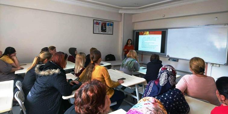 """""""1-7 Kasım Disleksi Haftası"""" Kapsamında Keşan Halk Eğitim Merkezi Kursiyerlerine Yönelik Bilgilendirme Toplantısı Gerçekleştirildi."""