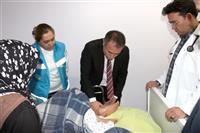 İl Sağlık Müdürümüz Doç. Dr. Uğur Tiftikçi, Rabia Teyzeyi Ziyaret Etti 3.JPG