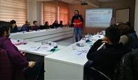 İLYeğitiminde teorik konu anlatımı katılımcılarla paylaşılmakta.