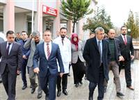Kırıkkale Valimiz Yunus Sezer, Müdürlüğümüzü Ana Binasını ve Hastanemizi Ziyaret Etti (4).JPG