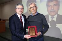 30 Yılını Dolduran Personelimize Hizmet Ödülü 14 copy.jpg