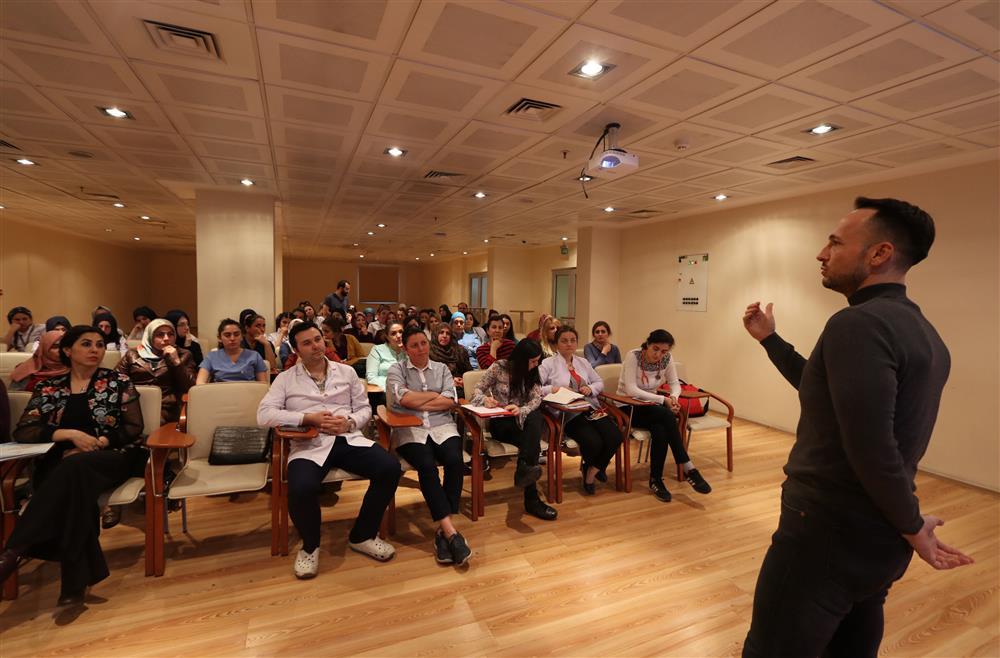 """Rize'de sağlık personellerine yönelik """"Otizm Farkındalık"""" Eğitimi"""