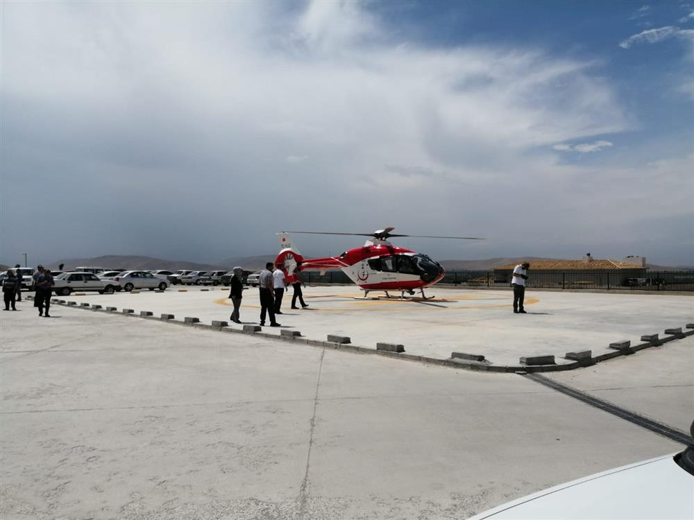 ambulans helikopter (1).jpeg