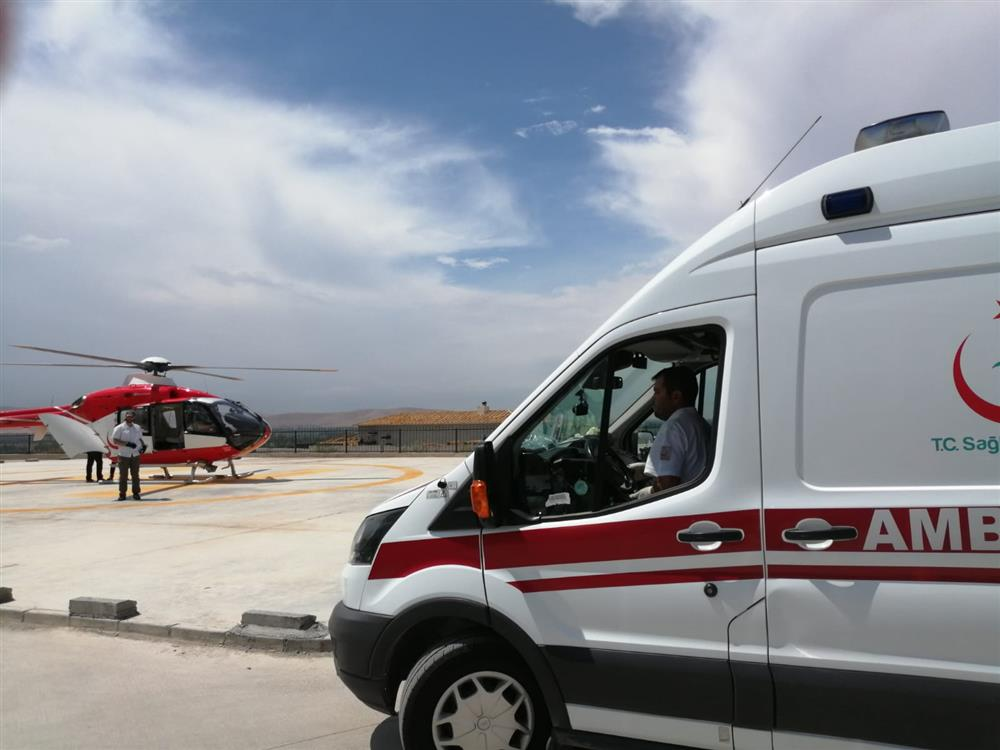 ambulans helikopter (2).jpeg