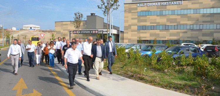 Yıldırım İlçesi Muhtarları Bursa Şehir Hastanesini Ziyaret Etti