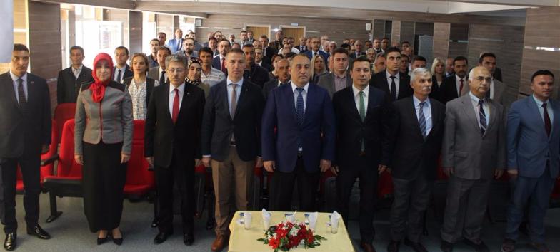 """""""BEYAZ BAYRAK"""" VE """"BESLENME DOSTU OKUL"""" SERTİFİKA DAĞITIM TÖRENİ"""