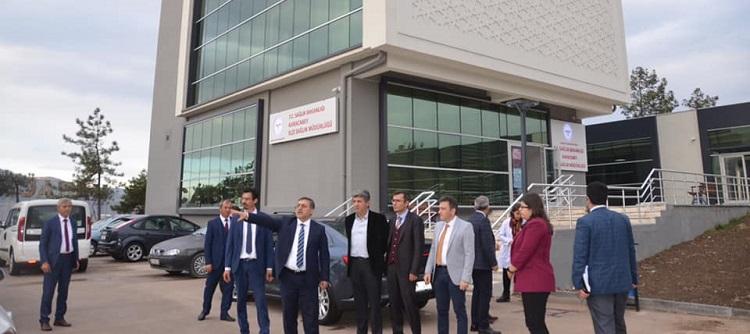 Sağlık Müdürümüz Dr Özcan Akan, Karacabey Sağlıklı Hayat Merkezi'nde İncelemelerde Bulundu