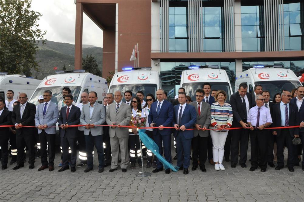 5 Yeni Ambulans Vatandaşlarımızın Hizmetine Girdi
