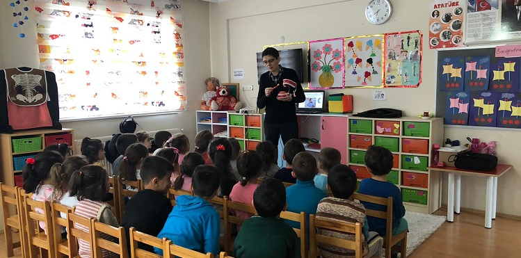 """Çocuklarda Ağız ve Diş Sağlığını Korumaya Yönelik Proje"""" Kapsamında Anaokullarında Ağız ve Diş Sağlığı Eğitimi"""