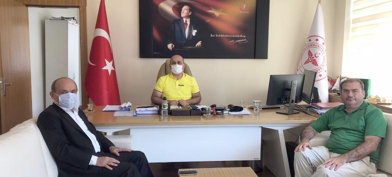 Fatsa Dernekler Federasyon Başkanı Sn.Yakup YEŞİLTAŞ ve  Ünye Devlet Hastanesi hekimi Dr. Ogün Madran'dan Sağlık Müdürümüze Ziyaret