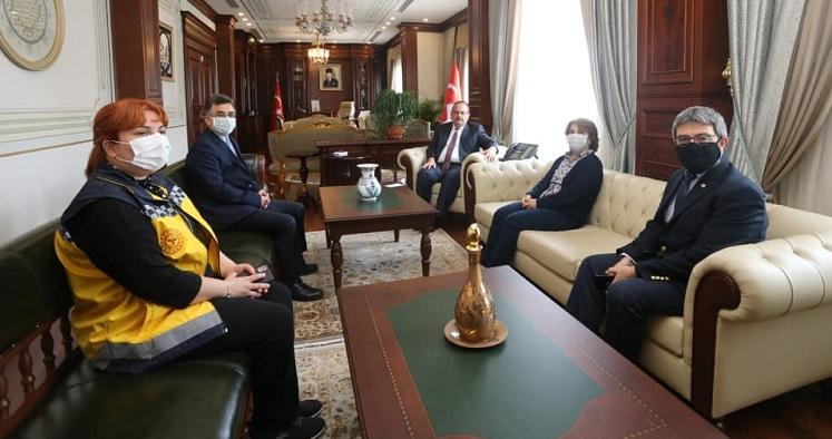 Sağlık Müdürümüz Uzm.Dr.Halim Ömer Kaşıkcı, Bursa Valisi Yakup Canbolat'ı Makamında Ziyaret Etti
