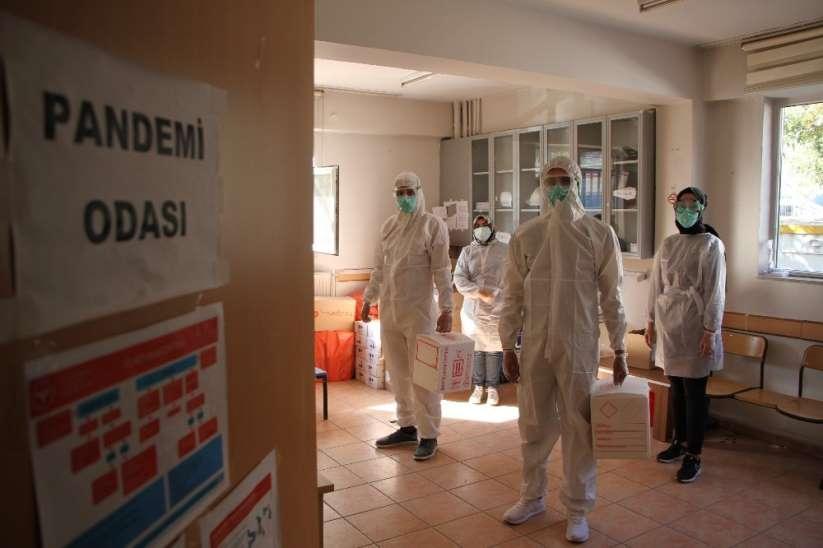İl Sağlık Müdürümüz Prof.  Dr. Cahit Polat Elazığ Genelinde 235 Filyasyon Ekibi İle Sahada Mücade Ediyoruz