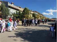 Kestelde yürüyüşe halk büyük ilgi gösterdi