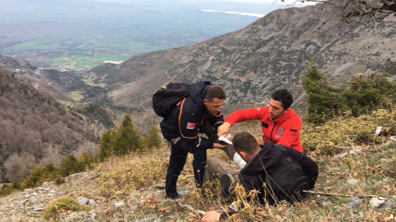 Düldül Dağı Zirvesinde Mahsur Kalan Vatandaşı Umke Ve Afad Ekipleri Kurtardı