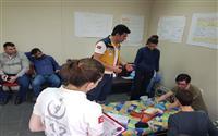 Sahada en sık karşılaşılan vakalarla ilgili hazırlanan senaryolar katılımcılar tarafından uygulanmakta