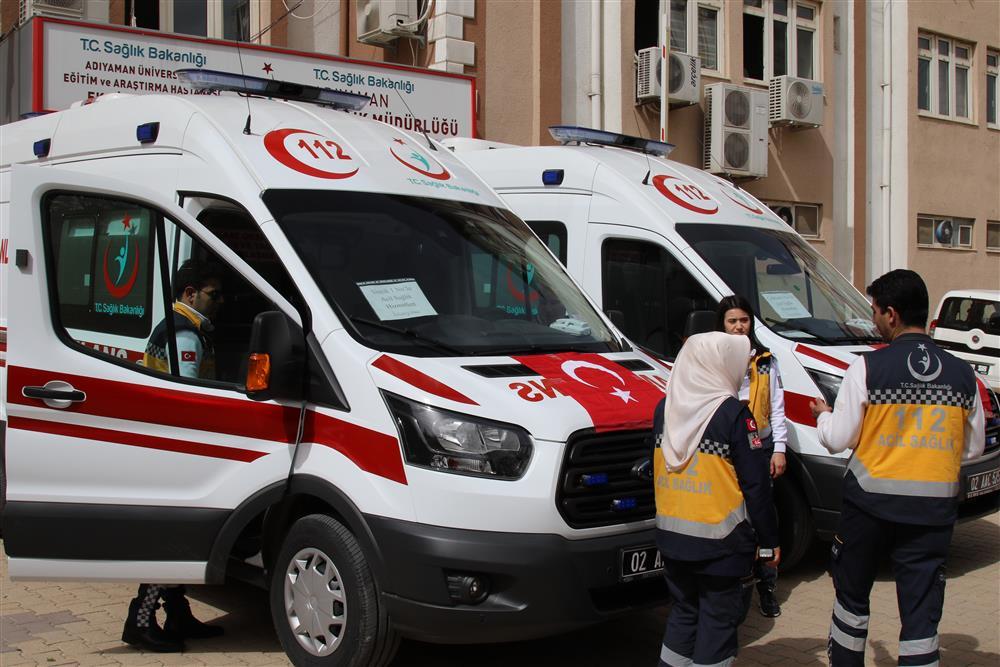 Yeni Ambulanslar Hizmete Girdi Kapak (1).JPG