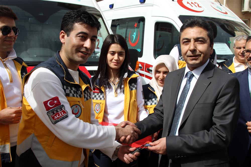 Yeni Ambulanslar Hizmete Girdi Kapak (7).JPG