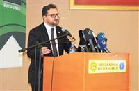 Yeşilay Bursa Şube Başkanı Dr. Serhat Yamalı teknoloji bağımlığı hakkında bilgi verdi