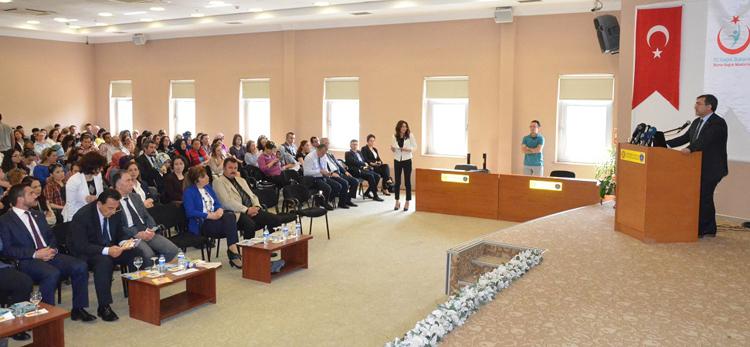 Sağlık Müdürlüğü ve Yeşilay, Teknoloji Bağımlılığı Konferansı Düzenledi