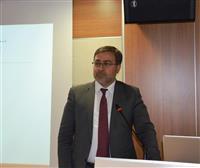 Bursa İl Sağlık Müdürü Dr. Özcan AKAN, 'Yenidoğan Yoğun Bakım Hemşireliği Sertifikalı Eğitim Programı'nın ülke çapında ilk defa Yüksek İhtisas Eğitim ve Araştırma Hastanesi'nde verildiğine dikkat çekti.
