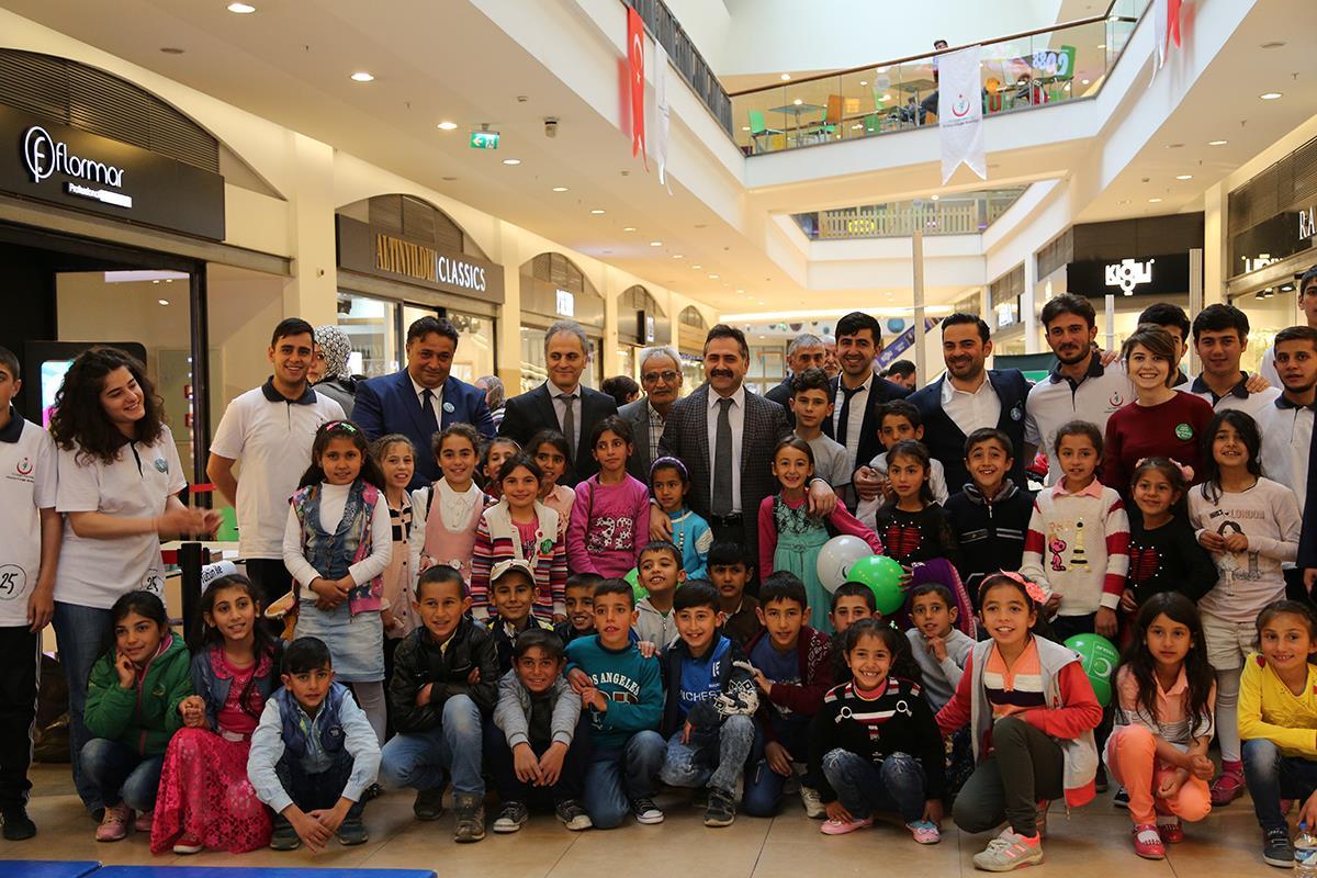 Erzurum İl Sağlık Müdürlüğü tarafından Forum AVM'de Sağlıklı Yaşam Etkinliği düzenlenmiştir.